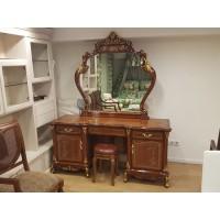 Столик с зеркалом 137577